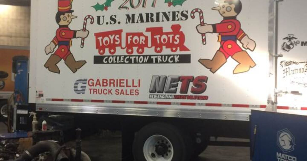 2017 Toys For Tots Ellensburg Washington : Toys tots north fork cruisers car association